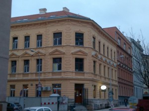 Rekonstrukce a nástavba BD v Brně